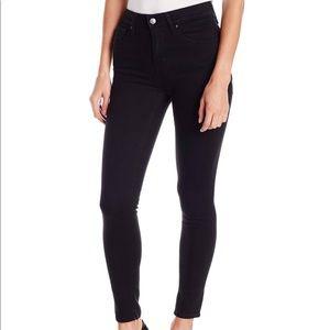 Levi's High Rise Skinny Black Jeans